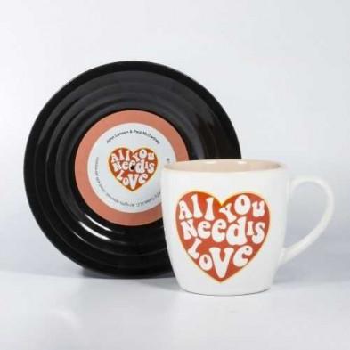 Set de taza y plato - All you need is love